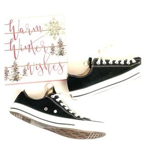 Converse All Stars Low Top Sneakers Unisex
